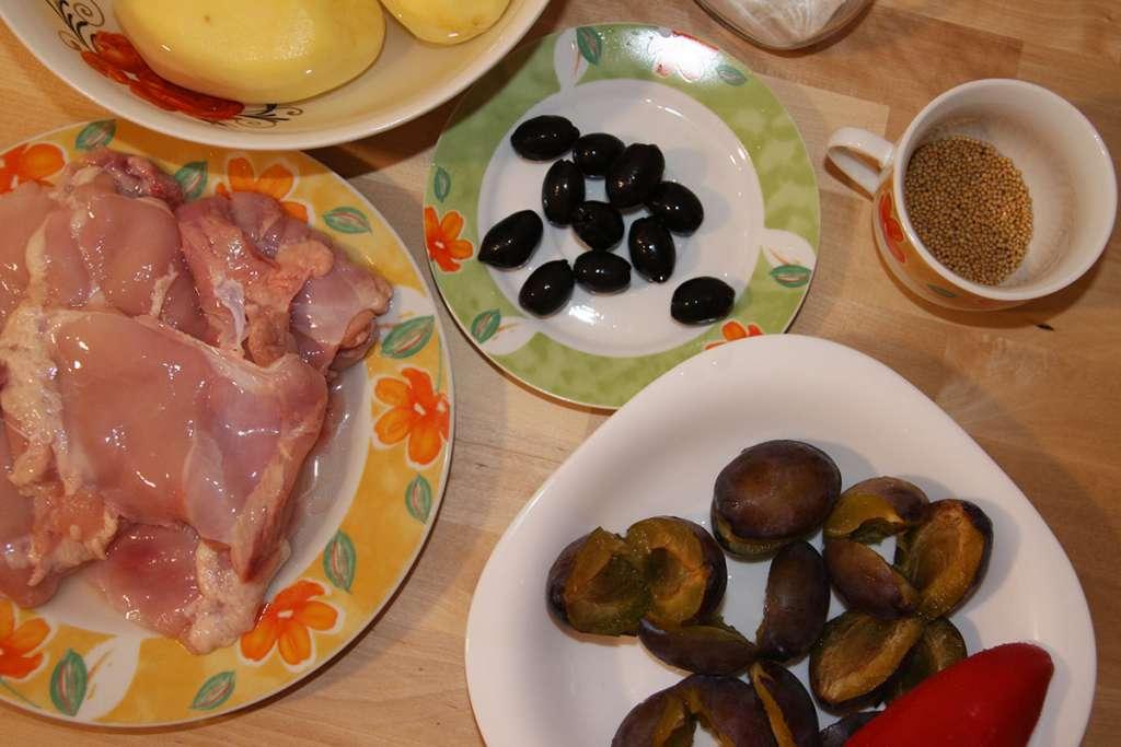 Ingrediente pulpe de pui cu prune