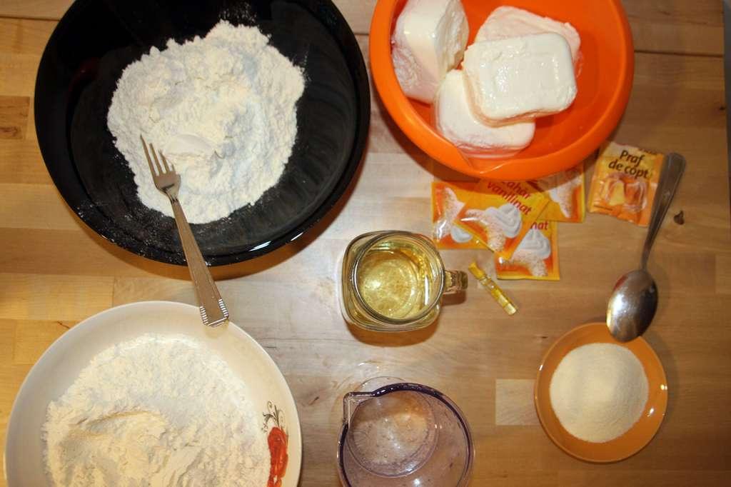 Ingrediente placinta cu branza